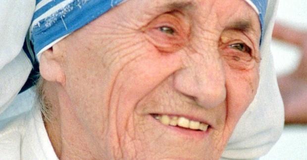 6mar2013---a-ganhadora-do-premio-nobel-da-paz-madre-teresa-de-calcuta-da-macedonia-pelo-seu-trabalho-humanitario-1362604557452_956x500