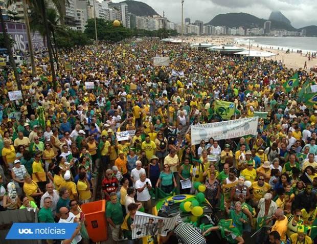 BRASIL NAS RUAS 7 74984_1356102901071189_3236740103545946052_n