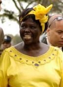 Wangari_Maathai_in_Nairobi