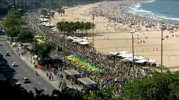 manifestacao-em-copacabana